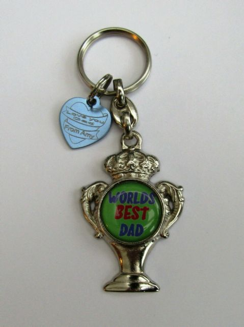 WORLDS BEST DAD TROPHY KEY RING WITH PERSONALISED HEART TAG FATHERS DAY GIFT